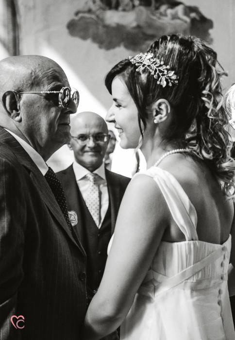 Matrimonio al Municipio di riva presso chieri, baci e abbracci