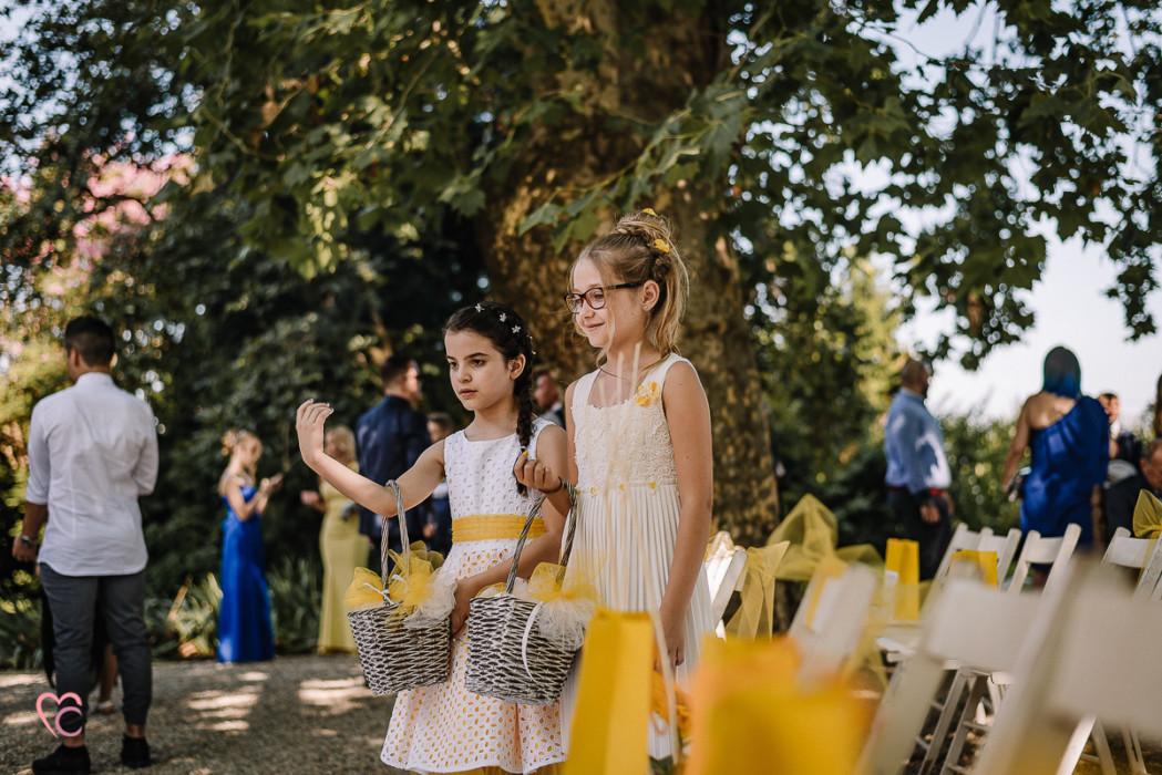 Matrimonio a La morra, cerimonia, flowers girls