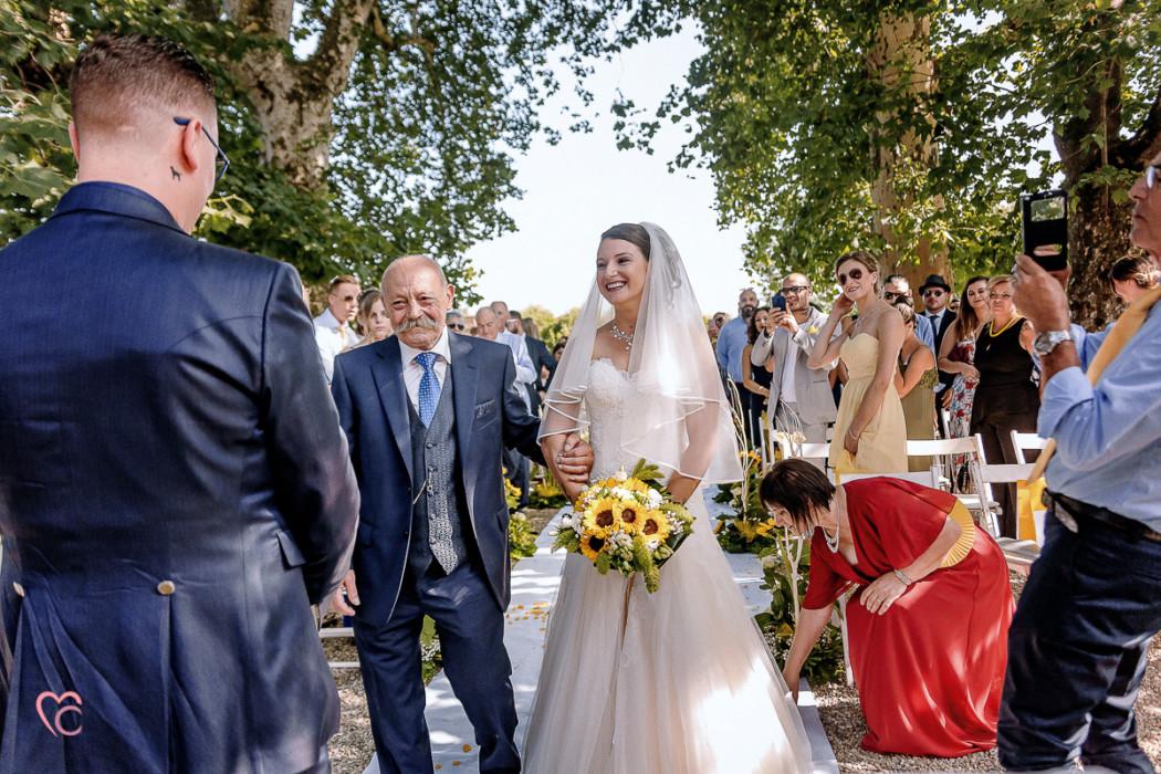 Matrimonio a La morra, cerimonia, sposa, papà,sposo