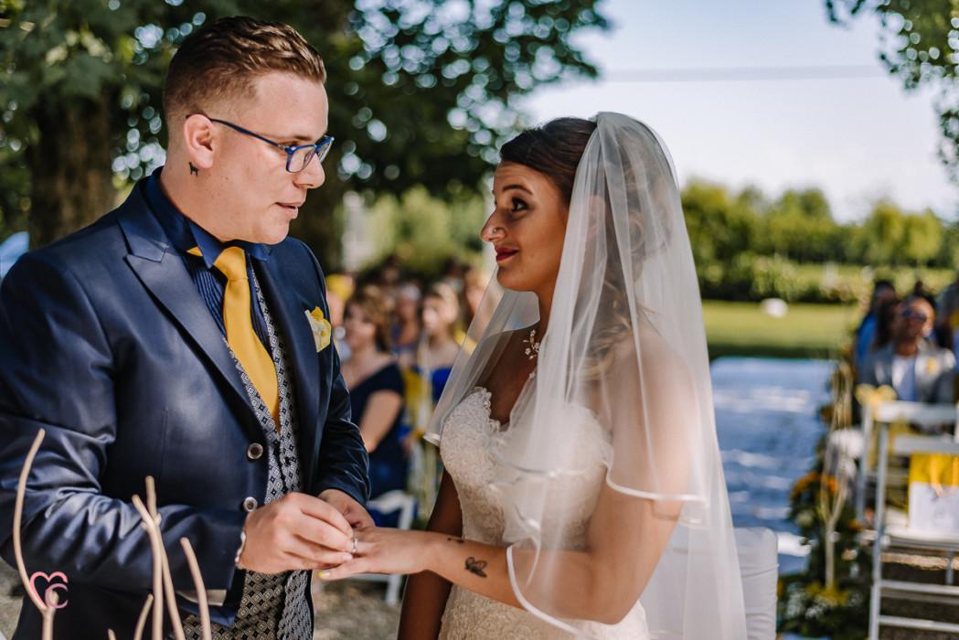 Matrimonio a La morra, cerimonia, scambio degli anelli