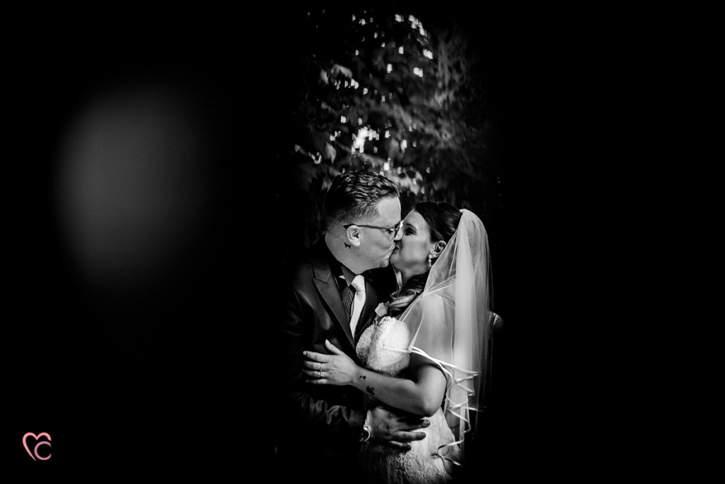 Matrimonio a La morra, cerimonia, bacio