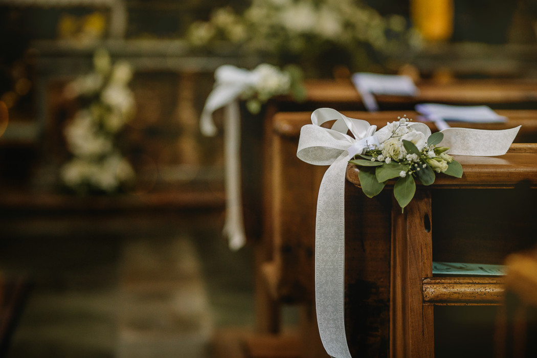 Matrimonio nella Chiesa della Madonna del Rosario di Strambino, bohochic, estate, luglio, cerimonia, fiori