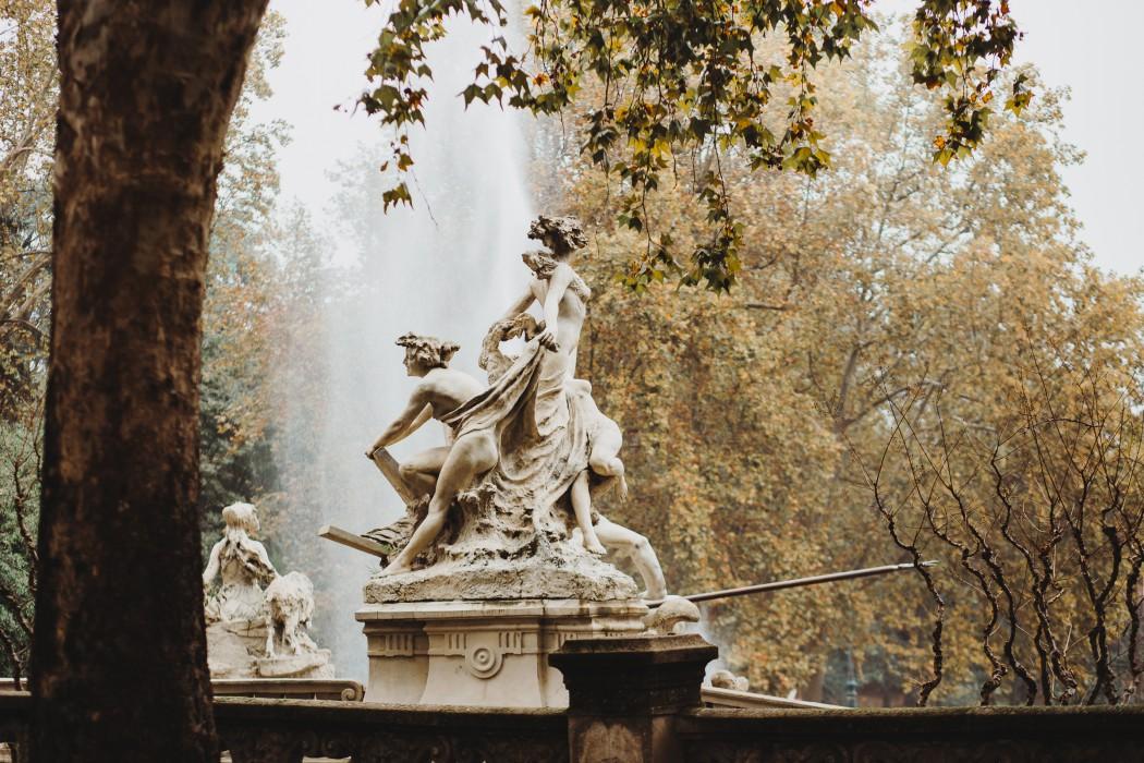 Parco del Valentino in Autunno fontana dei mesi
